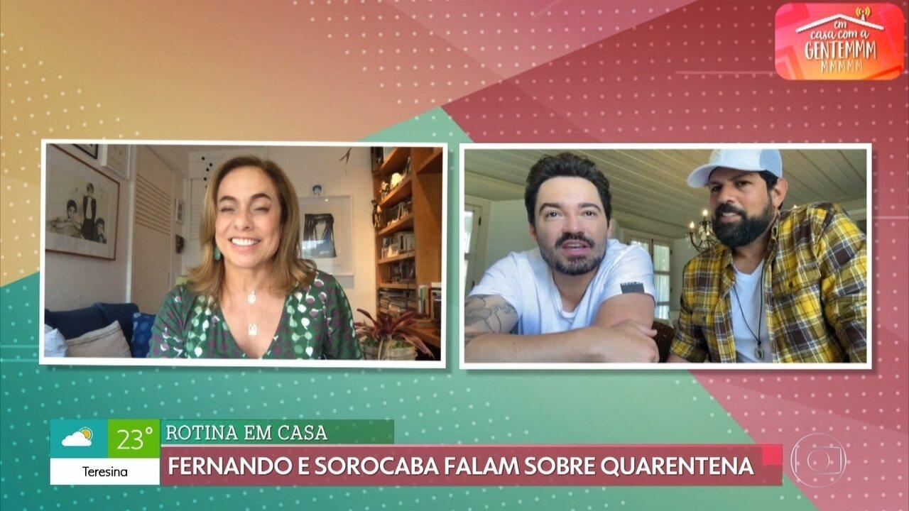 Fernando e Sorocaba conversam com Cissa Guimarães no 'Em Casa com a Gentem'