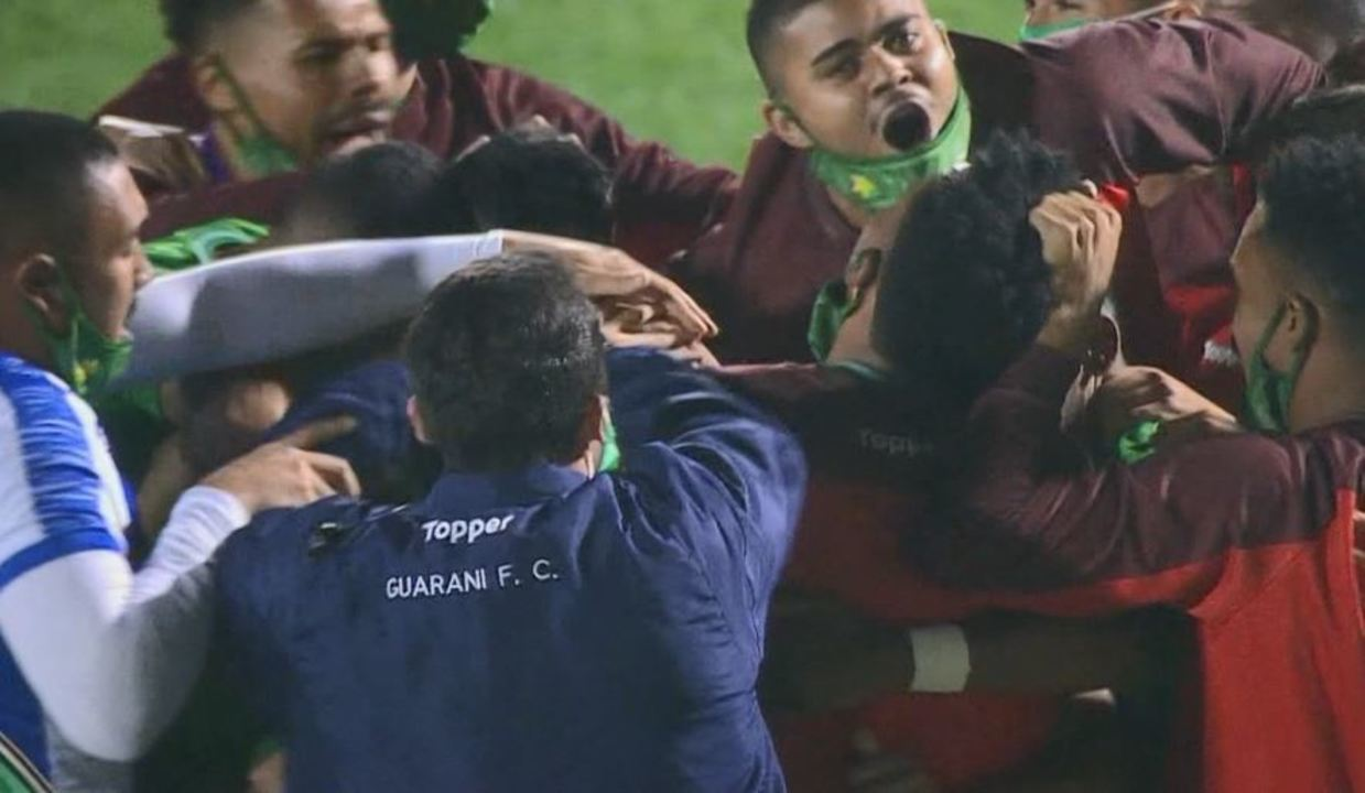 Os melhores momentos de Guarani 1 x 1 Oeste, pela 7ª rodada da Série B