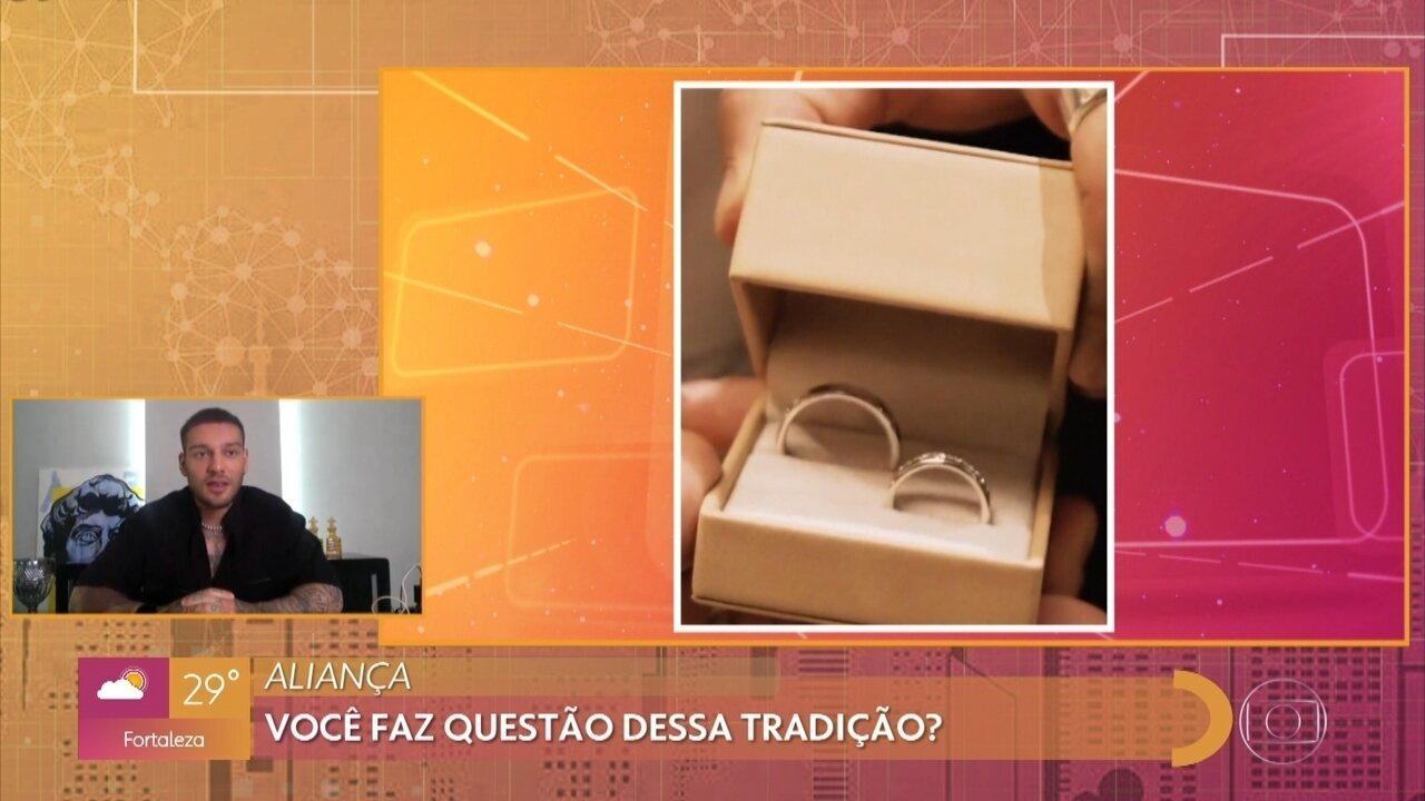 Lucas Lucco fala sobre o símbolo da aliança no relacionamento e do recente casamento