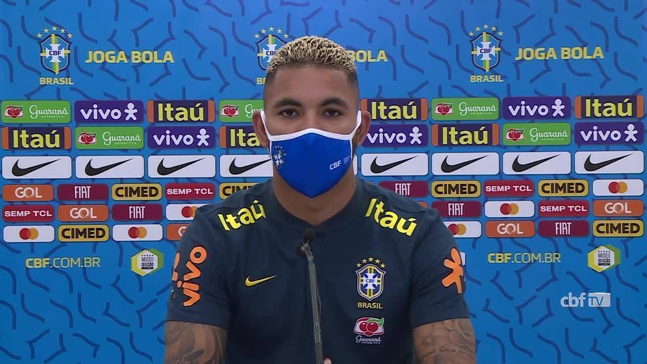 Veja a coletiva de Douglas Luiz, volante da Seleção Brasileira