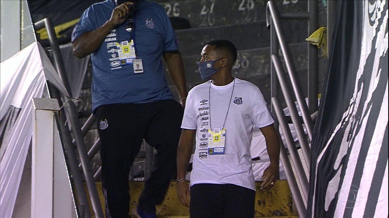 Depois da repercussão negativa, Santos decide suspender o contrato com Robinho