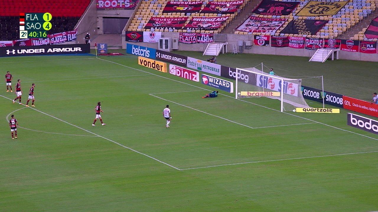 Melhores momentos de Flamengo 1 x 4 São Paulo pela 19ª rodada do Campeonato Brasileiro