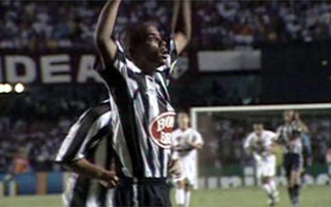 Melhores momentos de São Paulo 1 x 2 Santos, pelo Campeonato Brasileiro de 2002