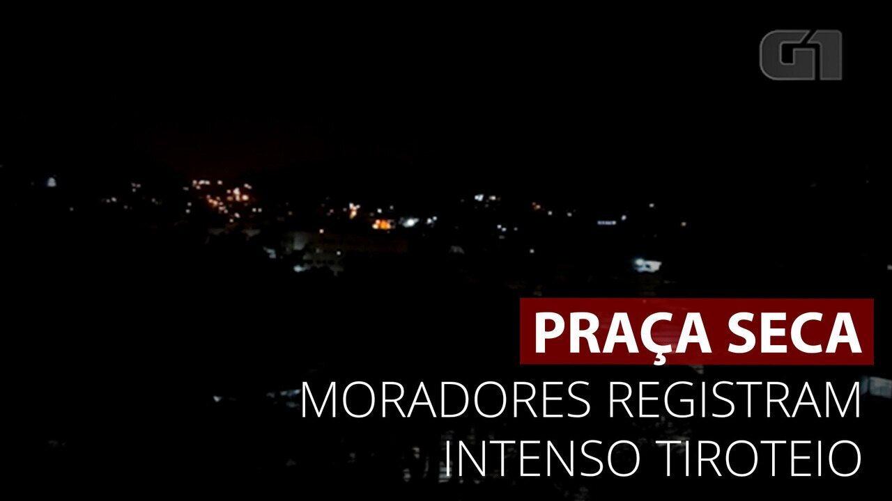 VÍDEO: Moradores da Praça Seca registram intenso tiroteio na região nesta madrugada