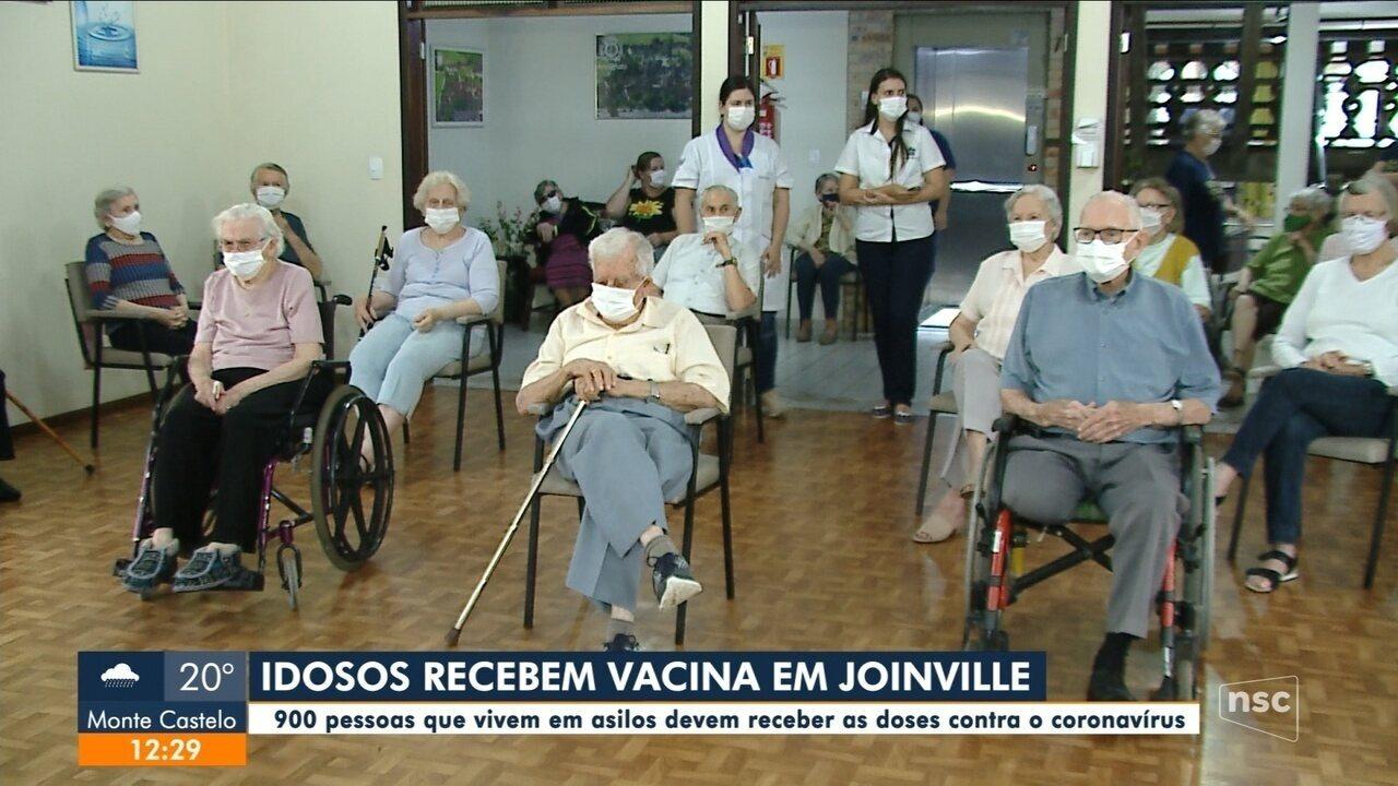Joinville vacina 900 pessoas que vivem em asilos