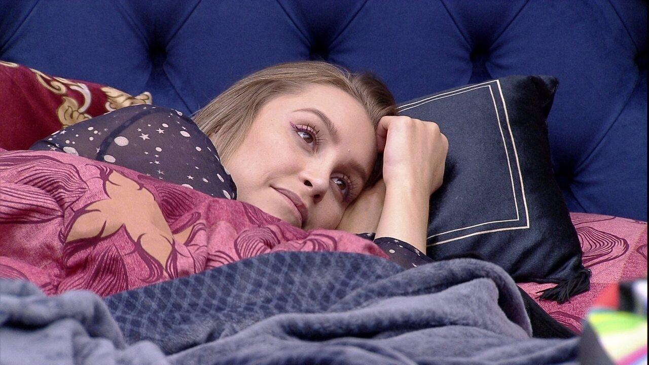 No BBB21 Carla Diaz pergunta sobre opção de voto de João Luiz: 'Você iria no Fiuk?'