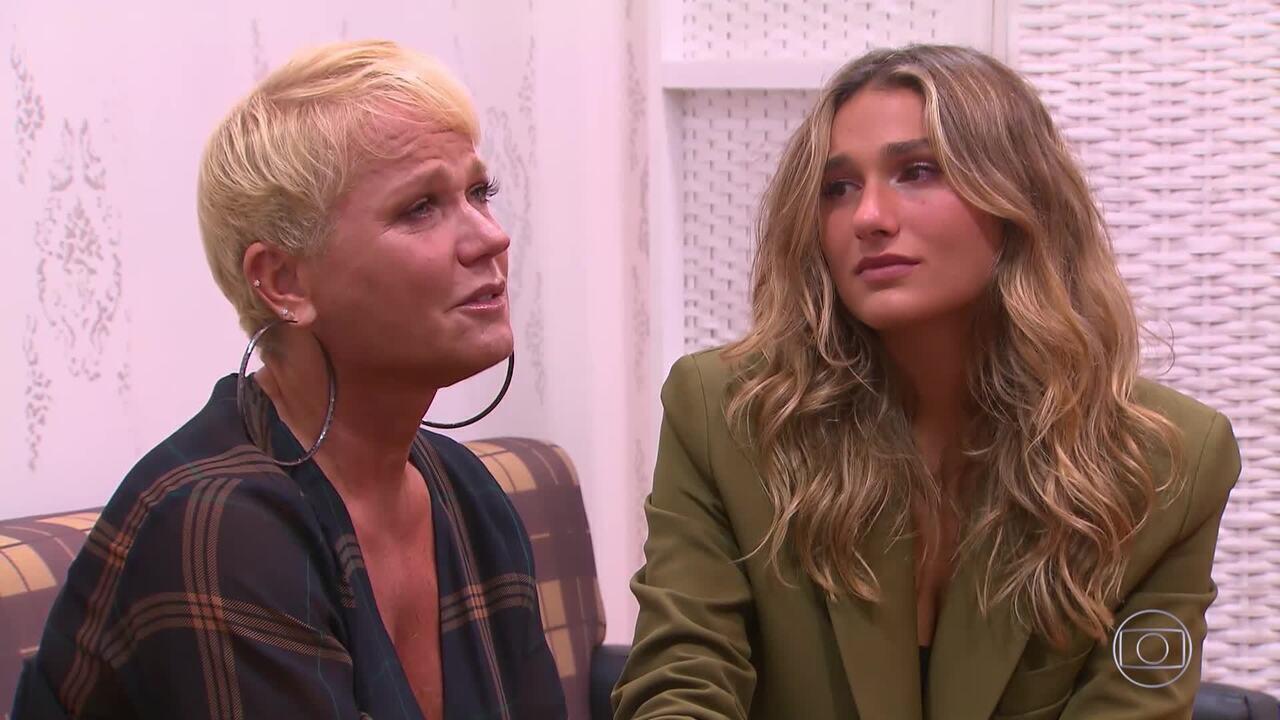Xuxa se emociona no 'Visitando o Passado'