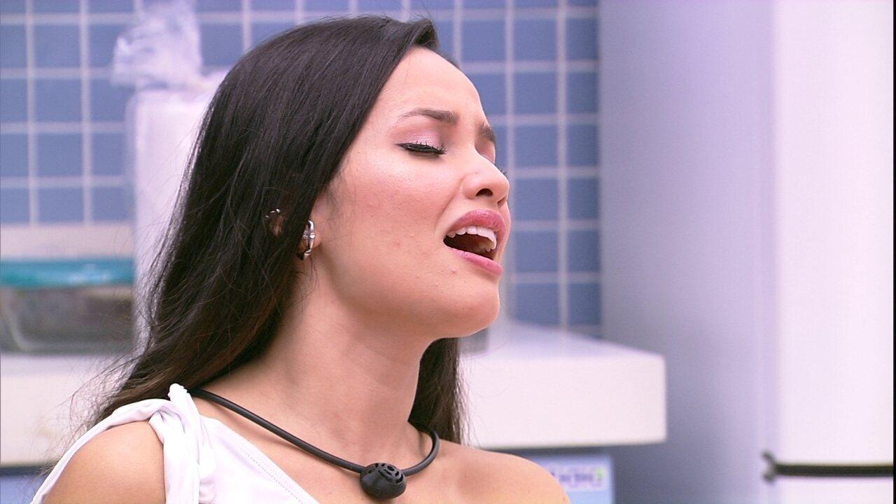 Fiuk elogia voz de Juliette e sister propõe: ´Vou cantar para você se apaixonar´