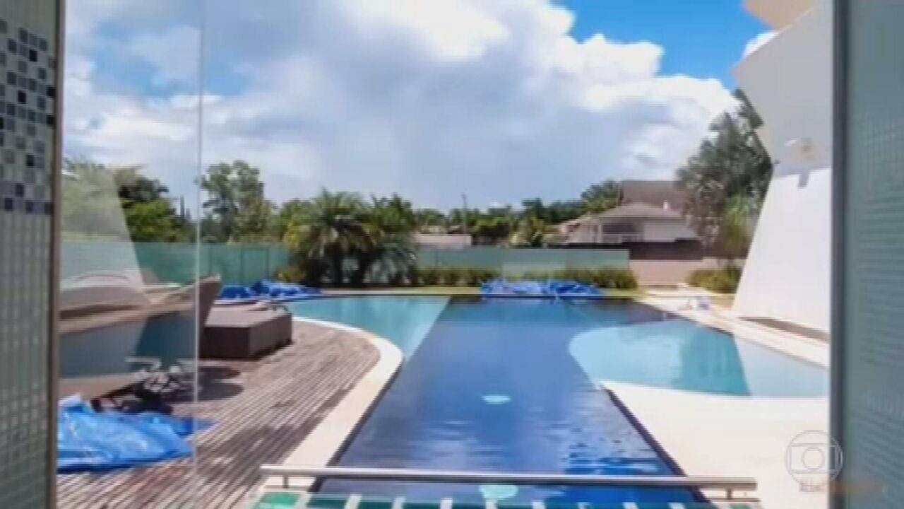 Parlamentares pedem que Flávio Bolsonaro dê mais explicações sobre compra da mansão