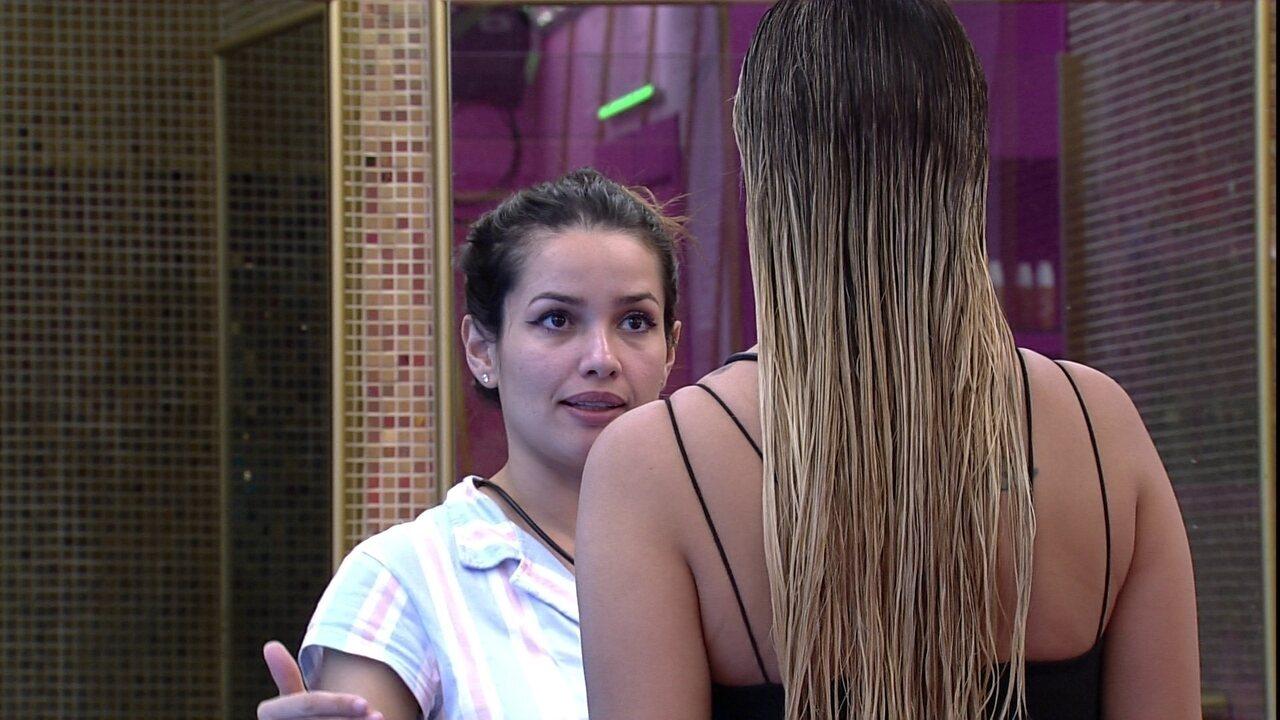 Juliette conversa com Sarah sobre desentendimento com Gilberto: 'Ele não é meu pódio'