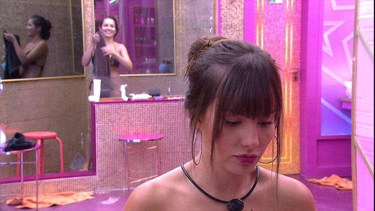 Juliette declara para Thaís no BBB21: 'Tem horas que eu não entendo o que você fala'