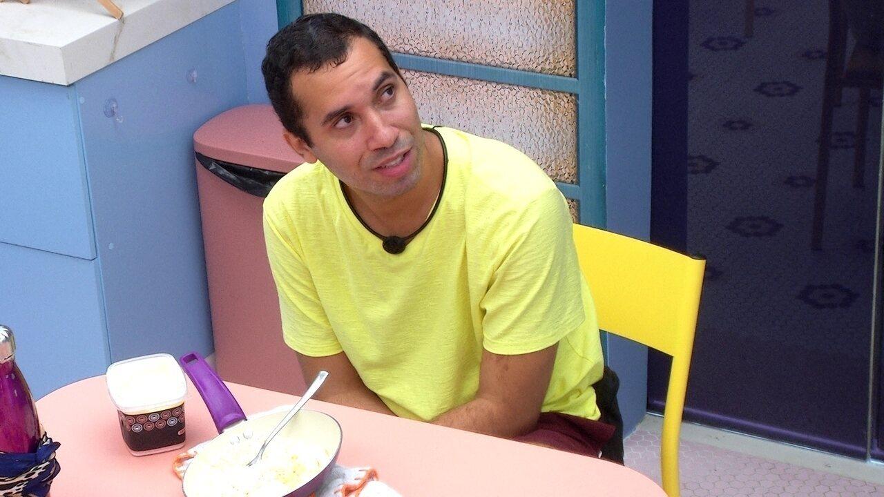 Após sair da Prova do Líder, Gilberto afirma: 'Vou sentir muita falta dessa casa'