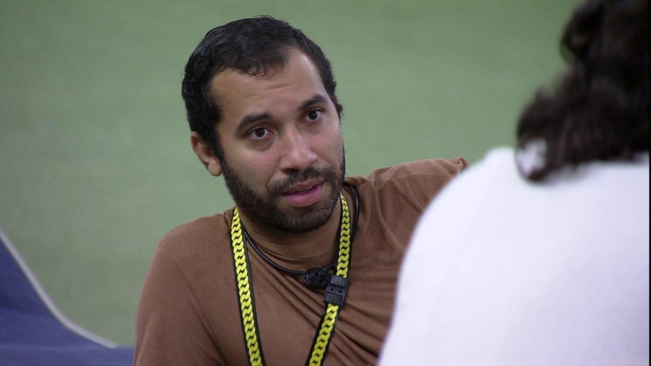 Gilberto explica em quem Viih Tube não votaria: 'A Pocah, ela chama de mãe aqui dentro'