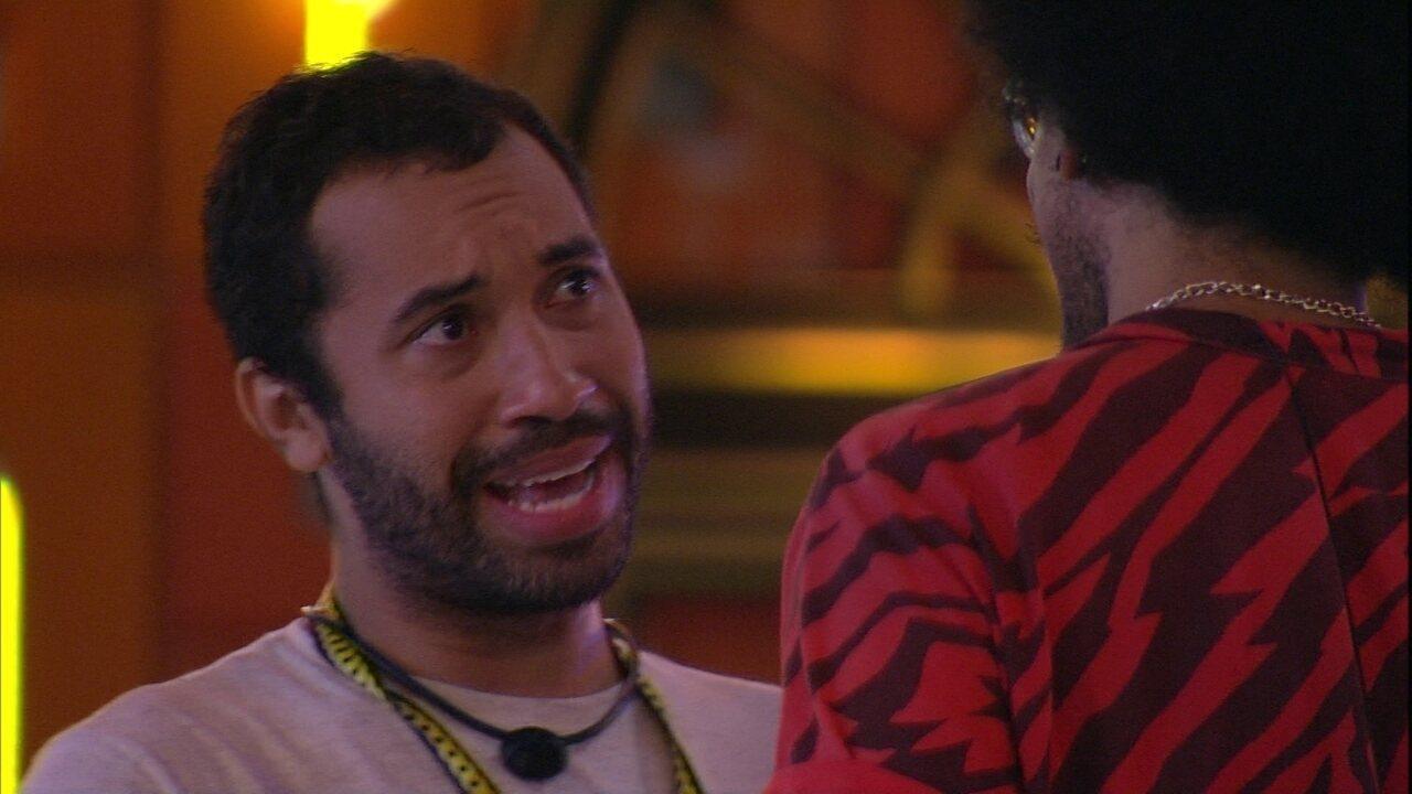 Gilberto se emociona ao falar do BBB21: 'A experiência que vivi aqui foi tão surreal'