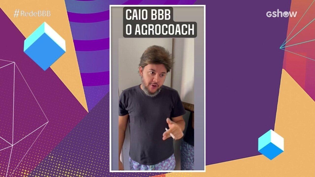 Mesa BBB: Caio se diverte com imitação de Gui Santana