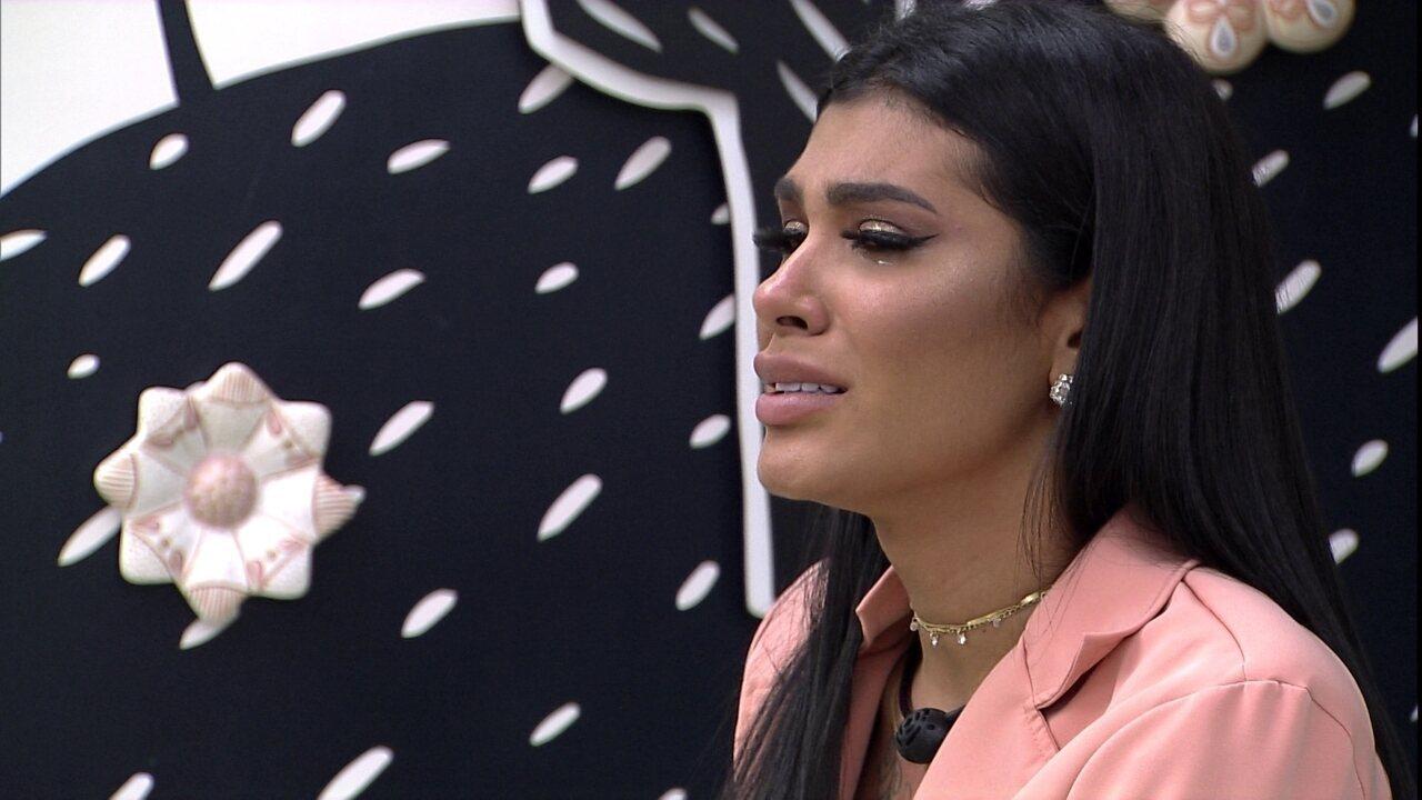 Pocah chora e desabafa no BBB21: 'Estou machucando alguém'