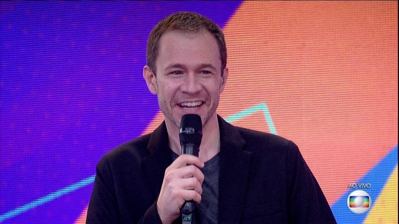 Tiago Leifert fala para Fiuk e Juliette na Final do BBB21: 'Eu shippo'