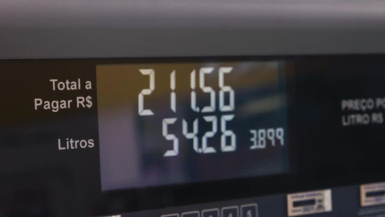 É possível encher o tanque acima da armazenagem máxima de combustível?