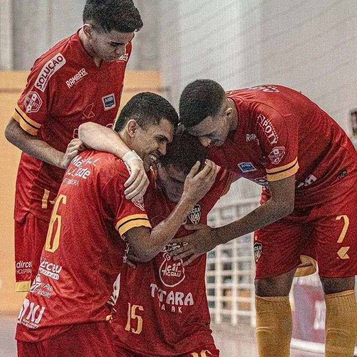 Os gols de AABB 8 x 3 Bárbaros pela 2ª rodada do Metropolitano de futsal 2021