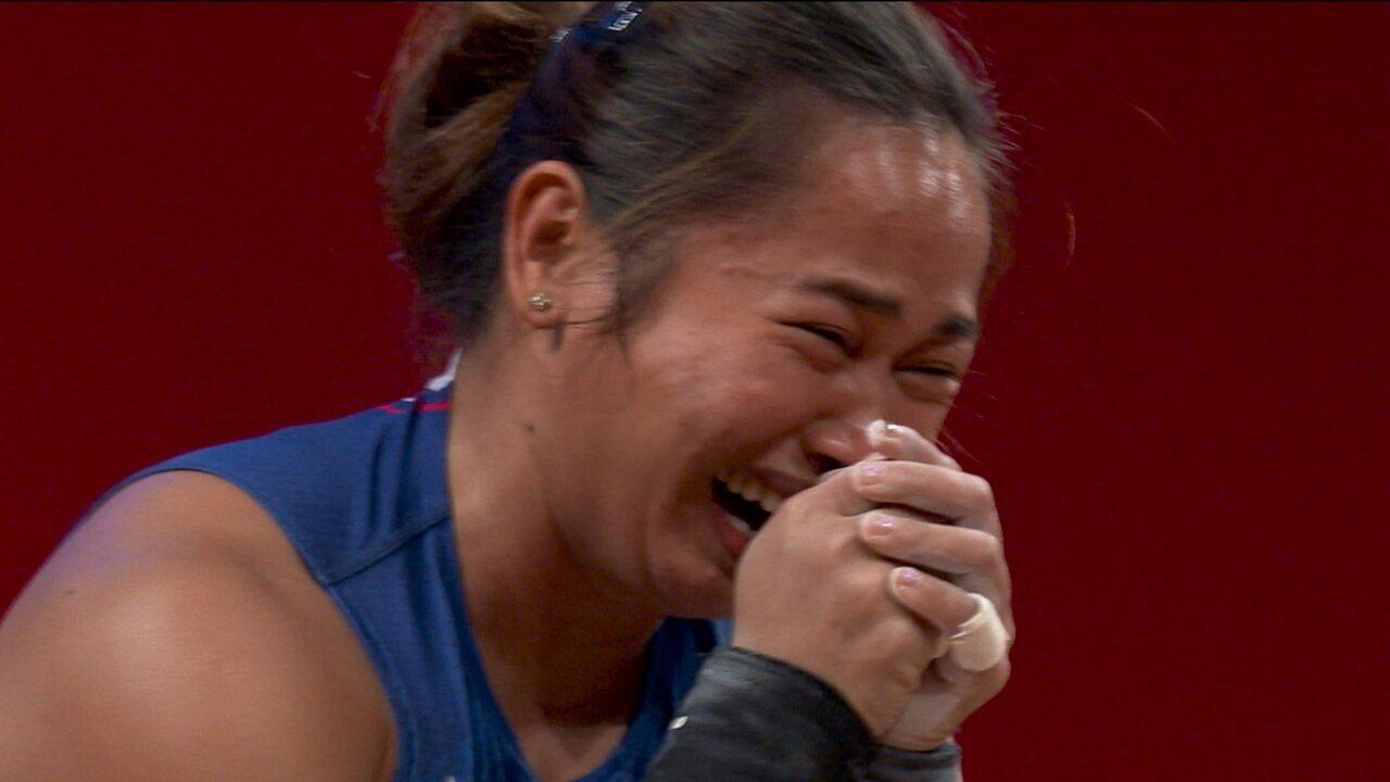 No levantamento de peso feminino, Hadilyn Diaz conquista o primeiro ouro da história das Filipinas em Olimpíadas