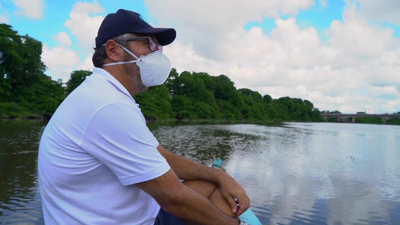O biólogo Clemente Coelho Junior destaca a importância dos manguezais urbanos no Recife