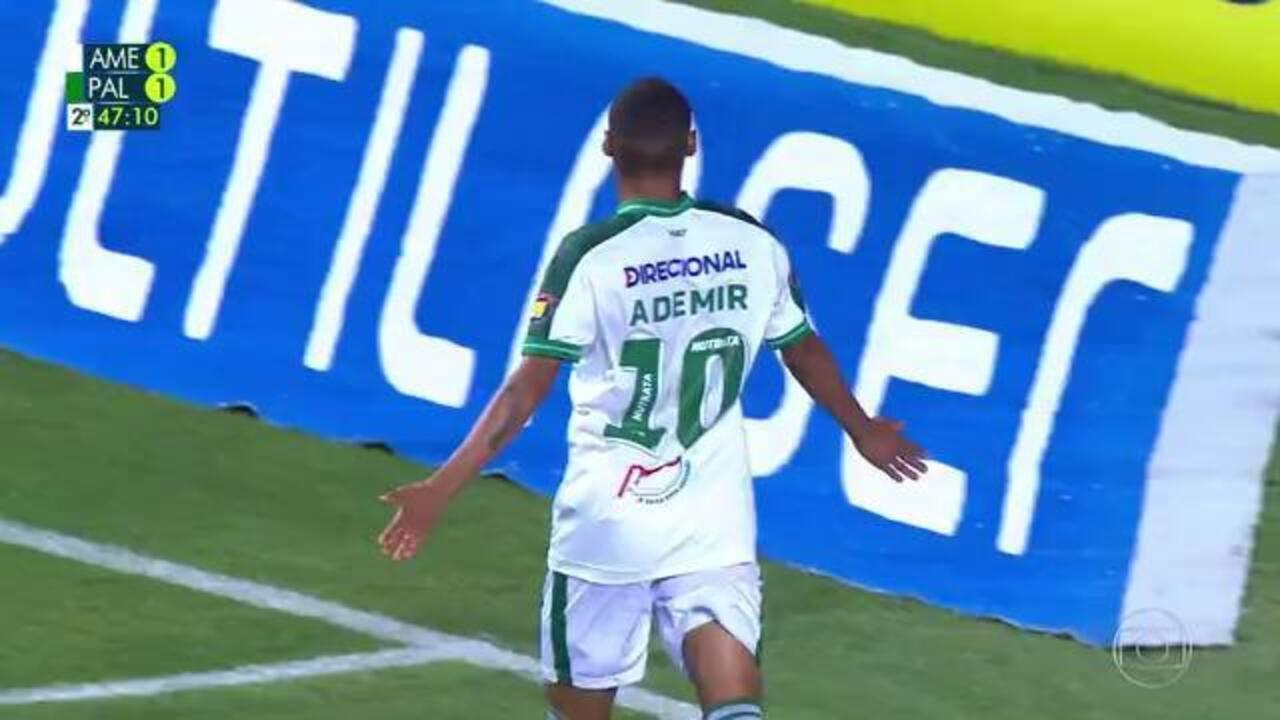 A los 47 minutos de la segunda parte - Felipe Melo llega en carro y el VAR toma las medidas necesarias.  Arbitro puntúa de penalti y Ademir anotó para América MG ante Palmeiras